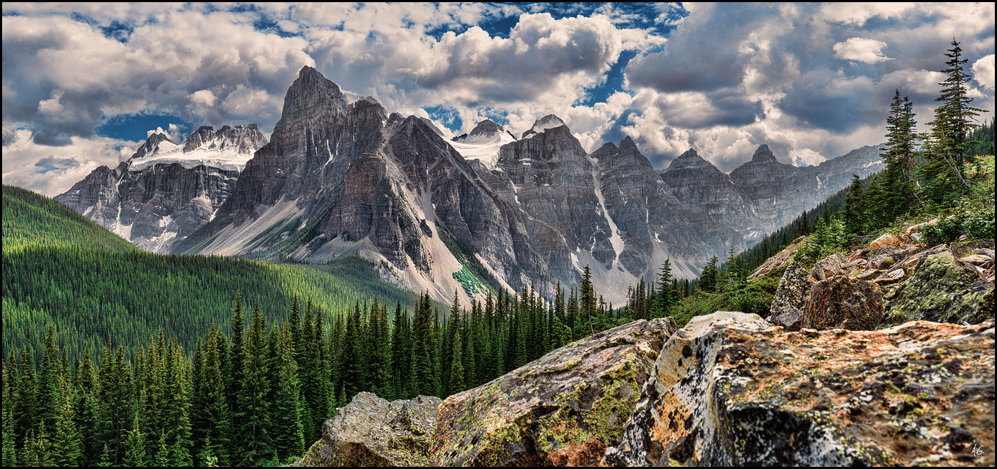 The Valley of Ten Peaks in Banff national park