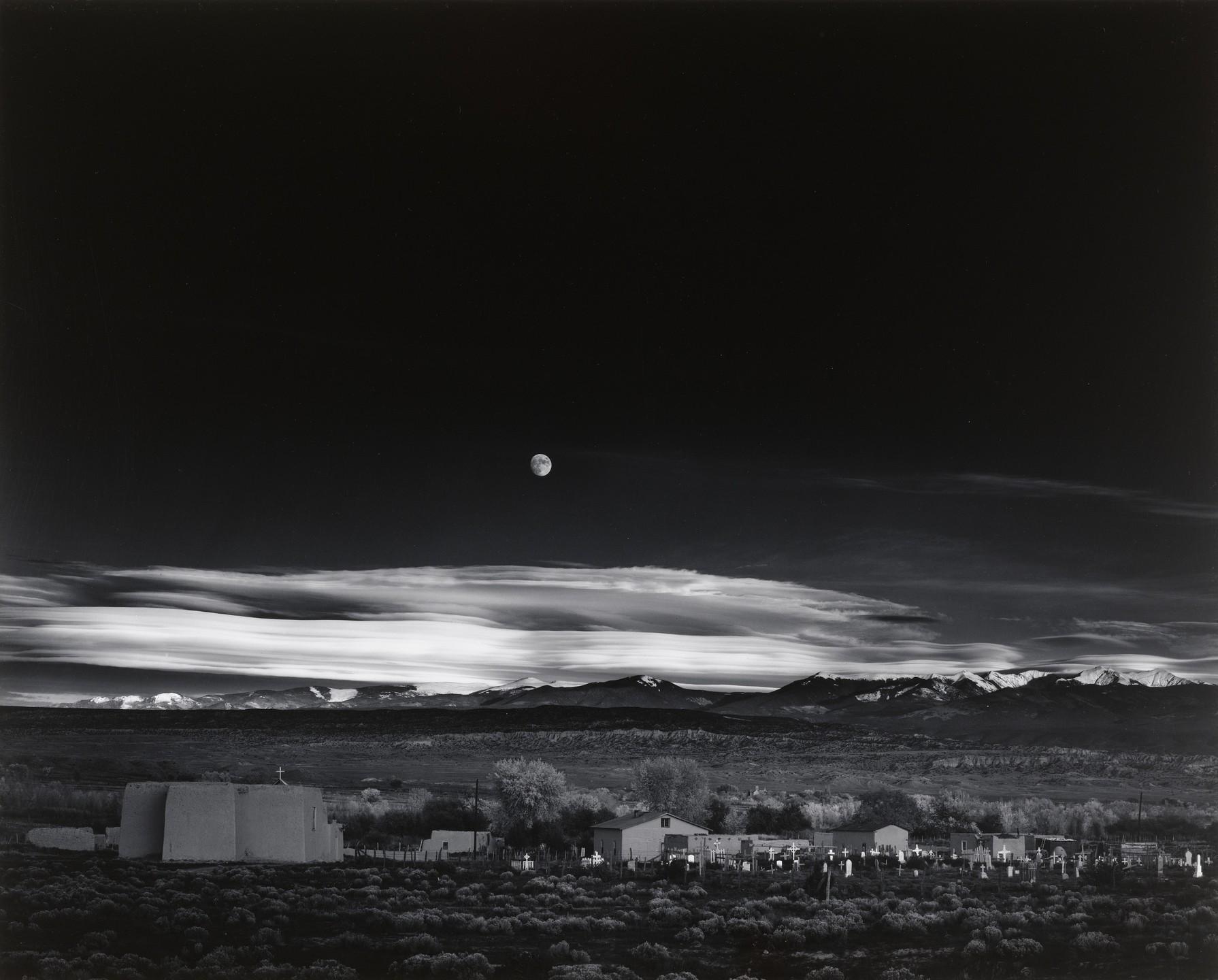Moonrise_over_Hernandez